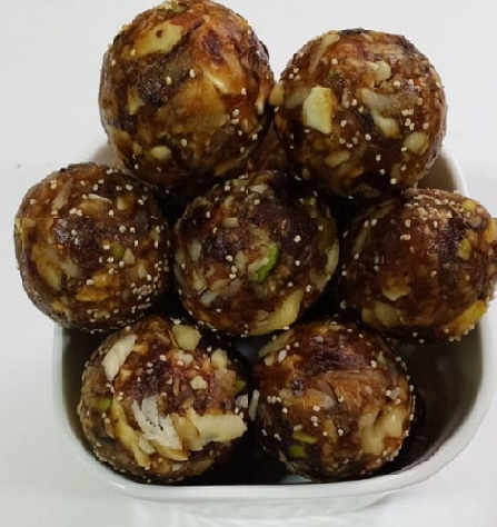 Dry Fruit Laddu